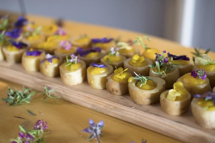 buffet de rates aux fleurs