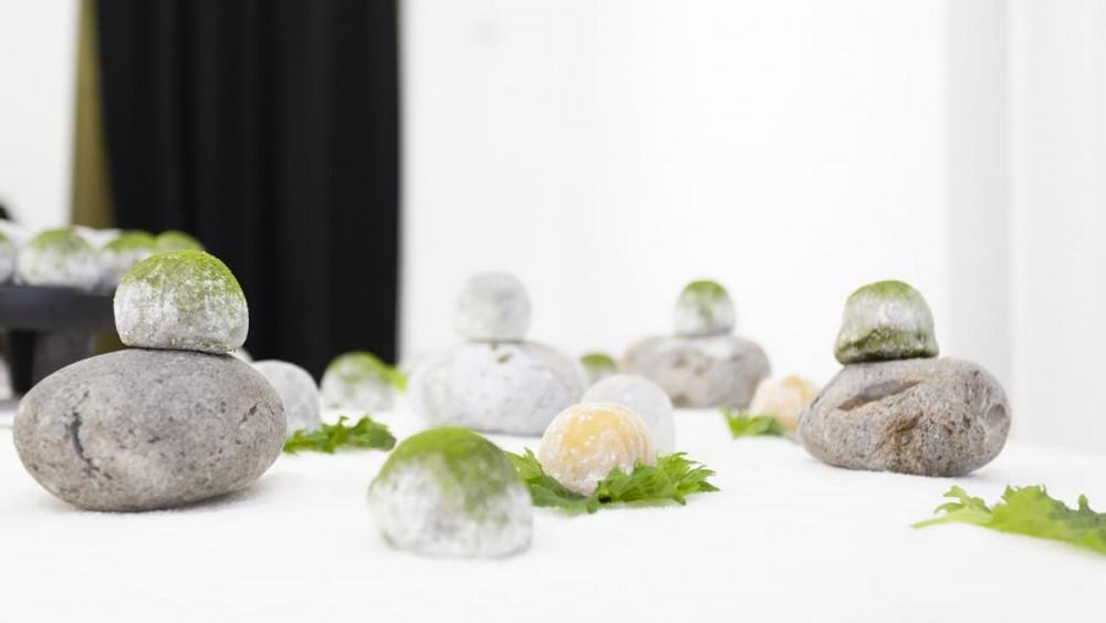 Buffet de mochis, jardin zen
