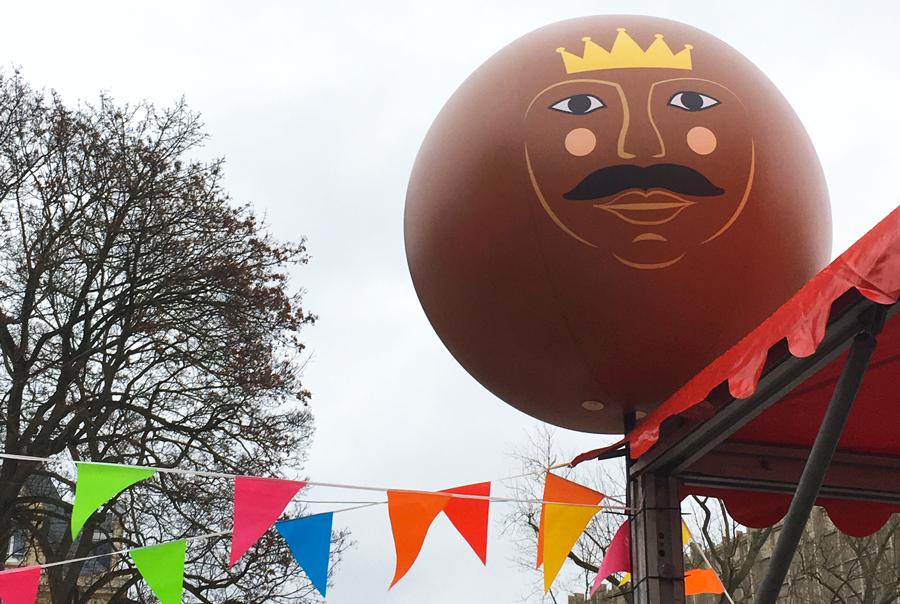 Ballon géant avec illustration de Rois Mages.