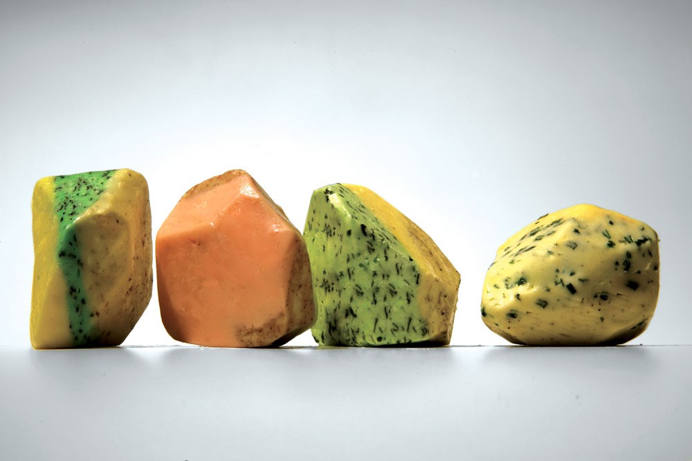 Projet de beurre aromatisé incarnant le design culinaire.